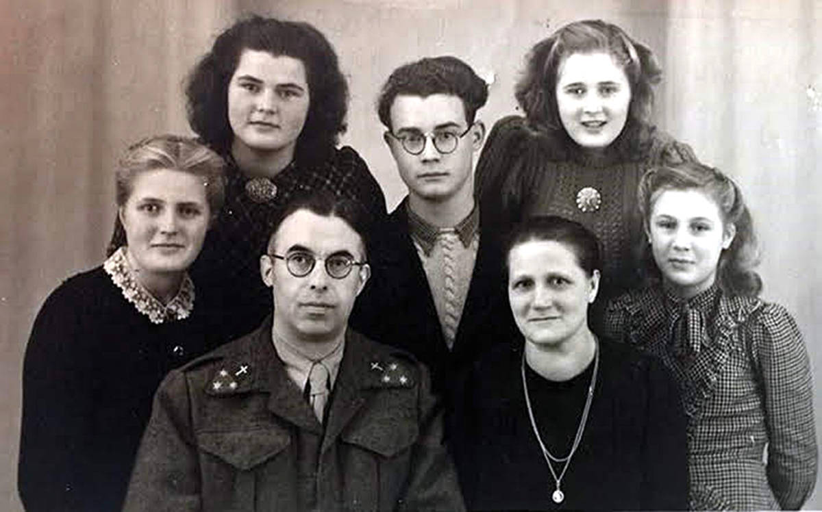 Dirk and Klassje Kalkman are shown here with their children (from left) Jannie, Frouk, Wim, Klari and Toos.